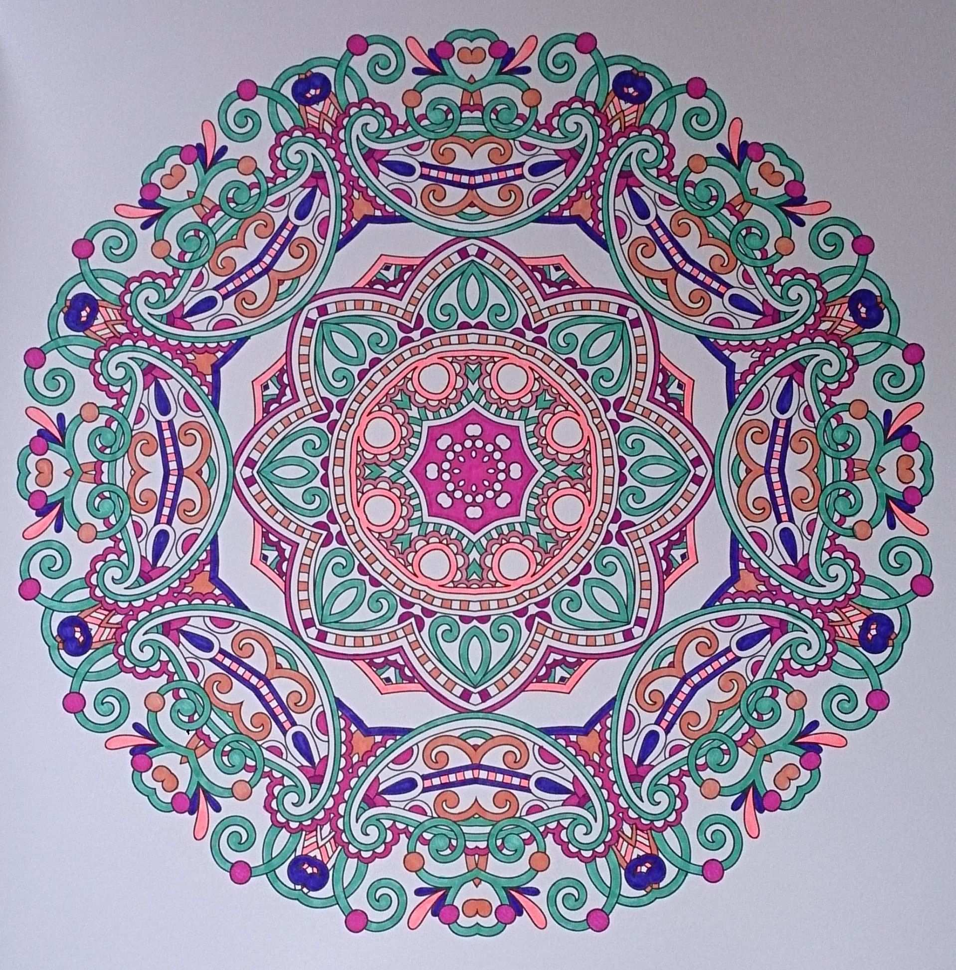 Ingekleurd Met Stabilo 68 Uit Het Enige Echte Mandala Kleurboek Mandala Kleurplaten Kleurboek Kleuren